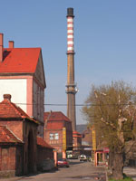 zdjęcie stacji bazowej Piastowska 19 komin (Era GSM900/GSM1800, Orange GSM900/GSM1800, Play UMTS)  pict0001.jpg