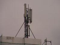 zdjęcie stacji bazowej Piastowska 1 (Plus GSM900/GSM1800, Era UMTS, Orange GSM900/GSM1800/UMTS) pict0010.jpg