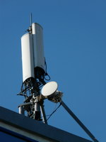 zdjęcie stacji bazowej Słubicka 18 (Plus GSM900, Era GSM900/GSM1800/UMTS, Orange GSM900/GSM1800/UMTS) p1010043.jpg