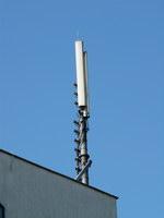 zdjęcie stacji bazowej Słubicka 18 (Plus GSM900, Era GSM900/GSM1800/UMTS, Orange GSM900/GSM1800/UMTS) p1010044.jpg