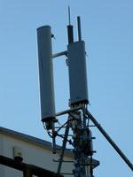 zdjęcie stacji bazowej Słubicka 18 (Plus GSM900, Era GSM900/GSM1800/UMTS, Orange GSM900/GSM1800/UMTS) p1010046.jpg