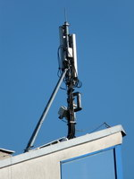 zdjęcie stacji bazowej Słubicka 18 (Plus GSM900, Era GSM900/GSM1800/UMTS, Orange GSM900/GSM1800/UMTS) p1010050.jpg