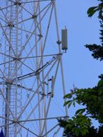 zdjęcie stacji bazowej Międzynarodowe Targi Poznańskie (Plus GSM900/GSM1800/UMTS, Era GSM900/GSM1800/UMTS, Orange GSM900/GSM1800/UMTS, Play UMTS, NMT) p1040711.jpg
