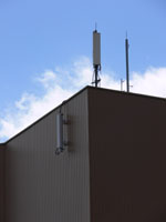 zdjęcie stacji bazowej Międzynarodowe Targi Poznańskie (Plus GSM900/GSM1800/UMTS, Era GSM900/GSM1800/UMTS, Orange GSM900/GSM1800/UMTS, Play UMTS, NMT) p1040737.jpg