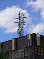 zdjęcie stacji bazowej Międzynarodowe Targi Poznańskie (Plus GSM900/GSM1800/UMTS, Era GSM900/GSM1800/UMTS, Orange GSM900/GSM1800/UMTS, Play UMTS, NMT) p1040749.jpg