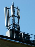 zdjęcie stacji bazowej Kochanowskiego 6 (Era GSM900/GSM1800/UMTS) p1010963.jpg