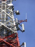 zdjęcie stacji bazowej Konstytucji 3 Maja (Plus GSM900/GSM1800/UMTS, Era GSM900/GSM1800/UMTS, Orange GSM900/GSM1800/UMTS, Play GSM900/UMTS, NMT) p1060399.jpg