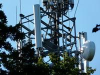 zdjęcie stacji bazowej Sokolskiego 2 (Era GSM900/GSM1800/UMTS, Orange GSM900/GSM1800/UMTS) p1020127.jpg