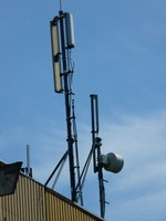 zdjęcie stacji bazowej Letniskowa 3 (Plus GSM900, Era GSM900/GSM1800/UMTS, Orange GSM900/GSM1800) p1010808.jpg