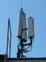 zdjęcie stacji bazowej Letniskowa 3 (Plus GSM900, Era GSM900/GSM1800/UMTS, Orange GSM900/GSM1800) p1010814.jpg