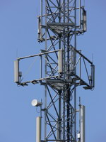 zdjęcie stacji bazowej Spacerowa 9 (Plus GSM900/UMTS, Era GSM900/UMTS, Orange GSM1800) p1080215.jpg