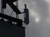 zdjęcie stacji bazowej Pierwszej Brygady 35 (Play GSM900/UMTS) p1080381.jpg