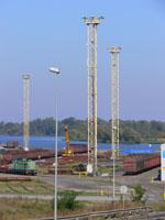 zdjęcie stacji bazowej Basen Górniczy /port wieże oświetleniowe/ (Orange GSM1800, Play UMTS) p1030584.jpg