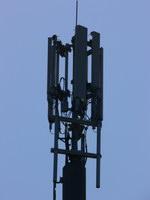 zdjęcie stacji bazowej Ku Słońcu/Dworska (Play GSM900/UMTS) p1070135.jpg