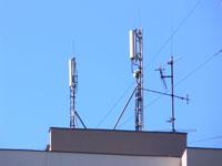zdjęcie stacji bazowej Malczewskiego 12 (Era GSM900/GSM1800/UMTS) p1030573.jpg