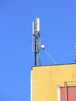 zdjęcie stacji bazowej Wyzwolenia 50 (Plus GSM900/GSM1800/UMTS, Era GSM900/UMTS, Orange GSM1800) p1030557.jpg
