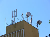 zdjęcie stacji bazowej Wyzwolenia 50 (Plus GSM900/GSM1800/UMTS, Era GSM900/UMTS, Orange GSM1800) p1030566.jpg
